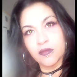 Taróloga Laysa Salim – Atendimento 14h As 20hs