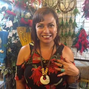 Taróloga Cigana Samyra – Atendimento 17hs às 23hs